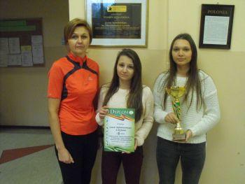 Dziewczyny z LO wicemistrzyniami Powiatu w tenisie stołowym!!!