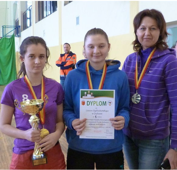 Dziewczęta z LO w Grybowie mistrzyniami w tenisie stołowym!