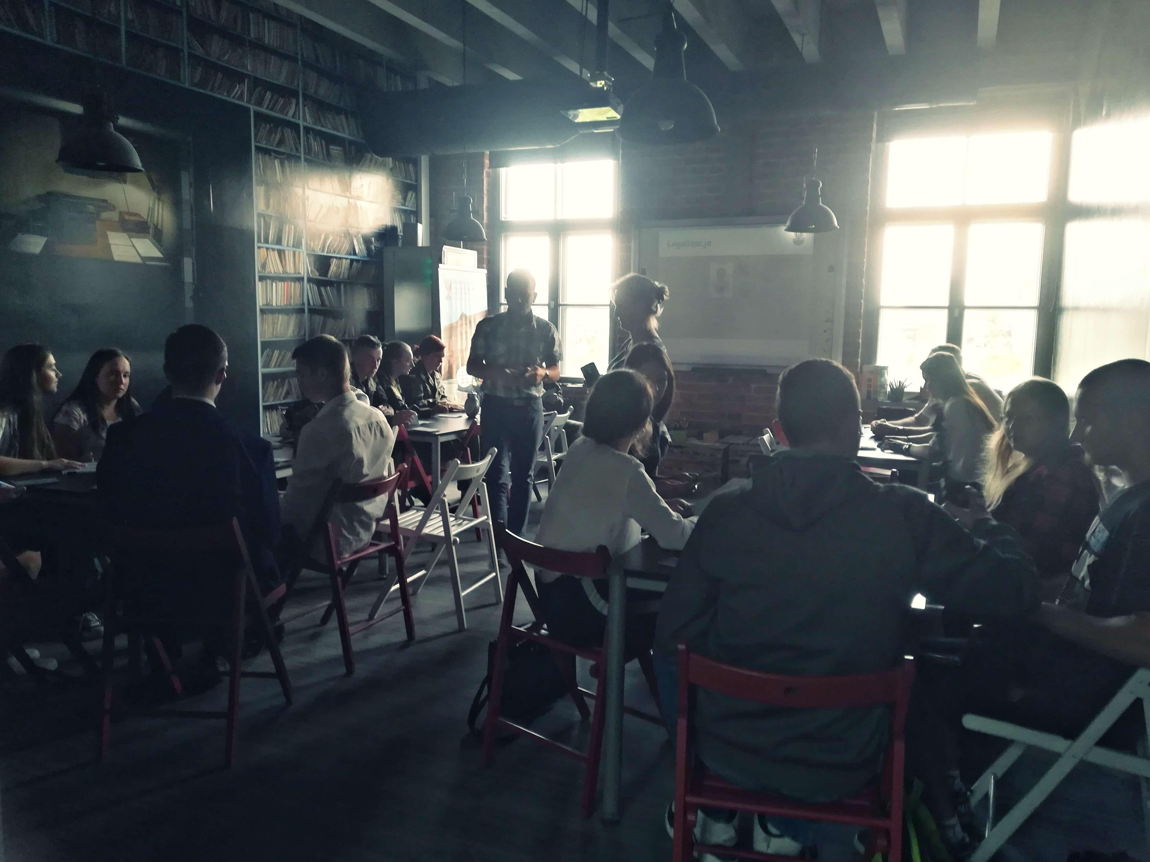 Basia zdobywa II miejsce w Konkursie Wiedzy o Międzynarodowym Prawie Humanitarnym