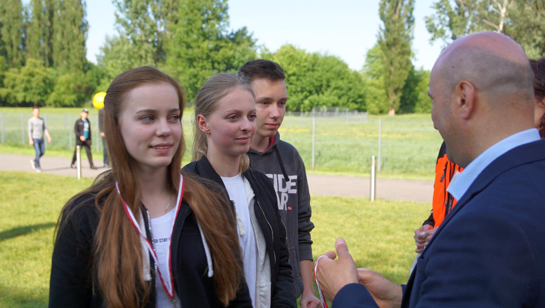 Kilka sekund ratuje życie – drużyna z Grottgera w Mistrzostwach Pierwszej Pomocy PCK
