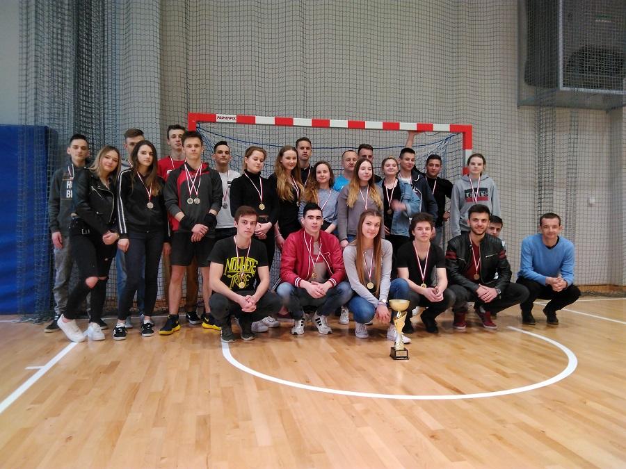 Mistrzostwa Szkoły w Piłce Siatkowej o Puchar Dyrektora Szkoły